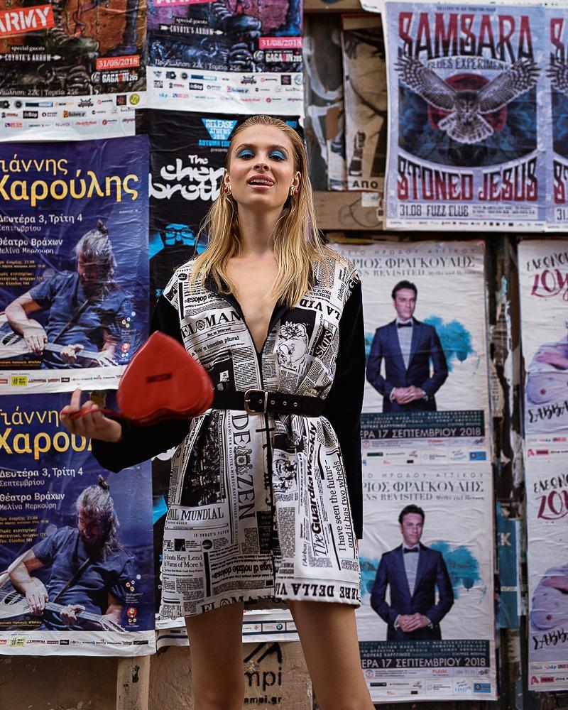 Editorial for Nikos Aliazis